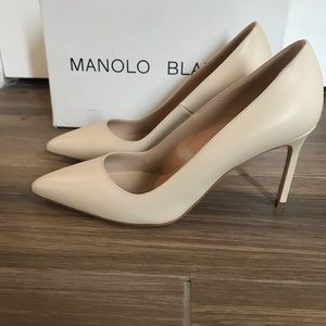Authentic, brand new Manolo Blahnik BB pumps